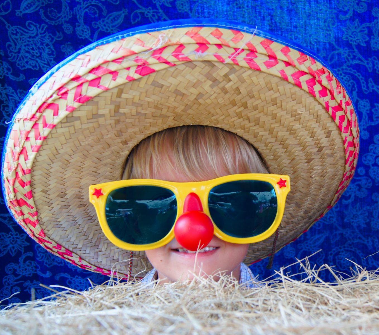 390826022 Patria k nim zábavy pre malých aj veľkých, neodmysliteľnou súčasťou sú  karnevaly. Každoročné vymýšľanie pekných a originálnych masiek pre rodiča  nie je ...